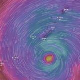 台風シーズンに備えるダイビングプランと対策